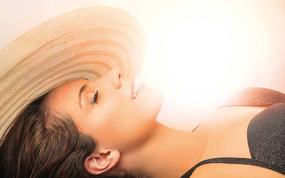 lydia-dainow-kosmetik-sonnenschutz-model